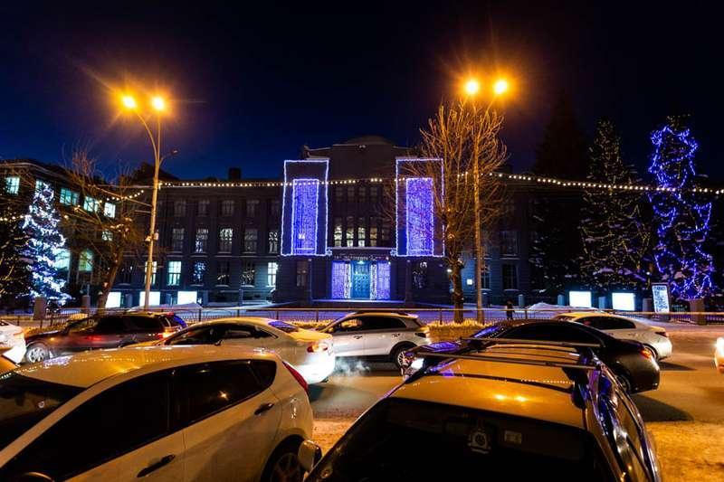 Фото «Это просто праздник какой-то»: 20 сказочных фото Новосибирска для новогоднего настроения 17