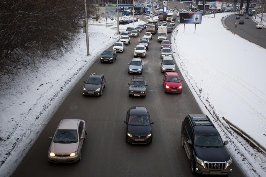 Фото Дурно пахнет и медленно убивает: эксперт оценил масштабы экологического кризиса в Новосибирске 4