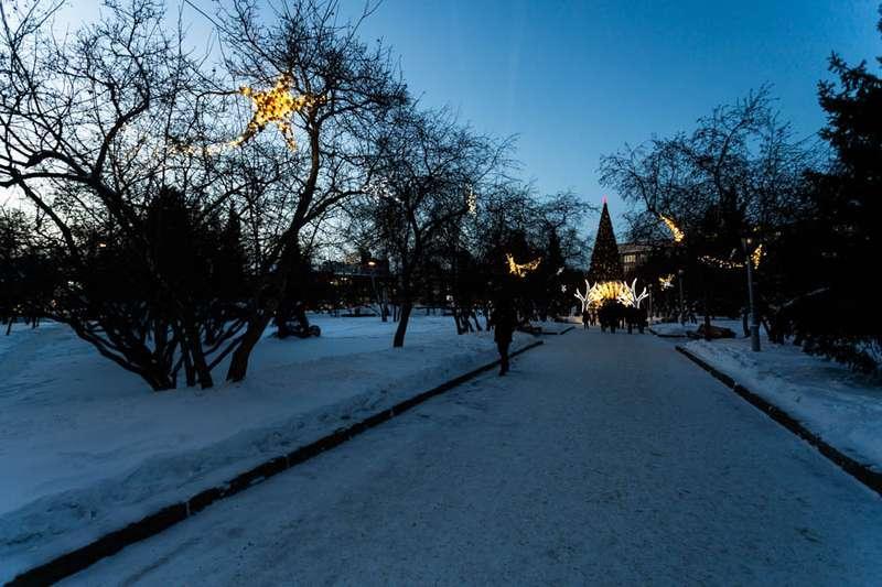 Фото «Это просто праздник какой-то»: 20 сказочных фото Новосибирска для новогоднего настроения 3