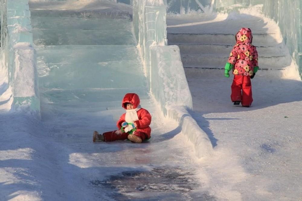 Ледяные горки картинка