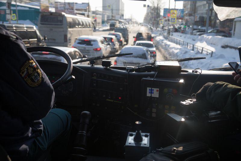 фото МЧС в Новосибирске выяснило, пропускают ли водители пожарные машины 2