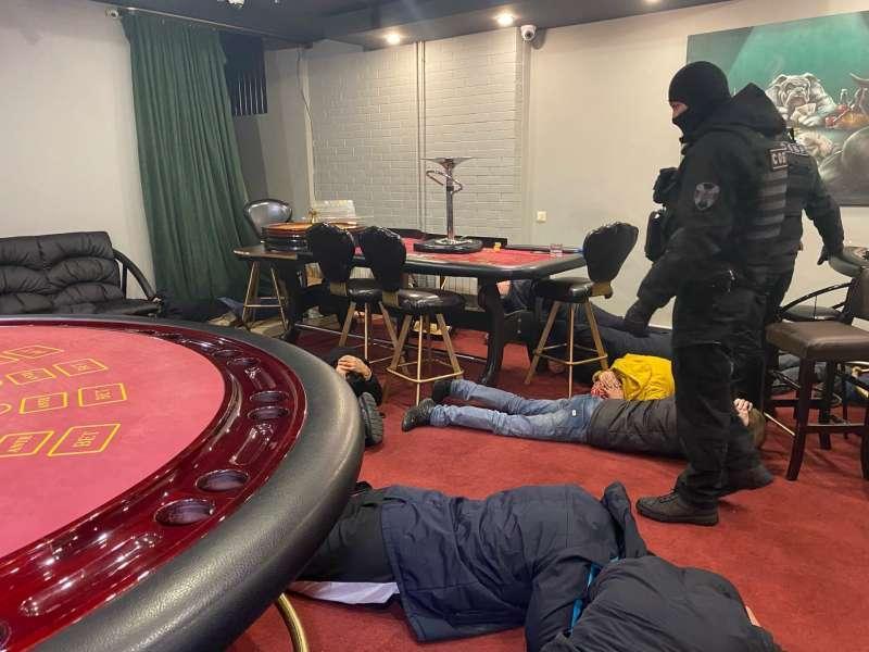 Где находится нелегальное казино бесплатное онлайн игры рулетка