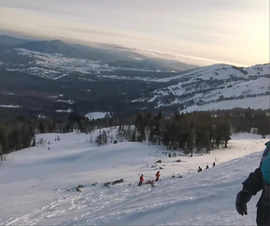 фото Долина смерти: инструкторы рассказывают, почему сноубордисты погибают на опасном склоне в Шерегеше 3