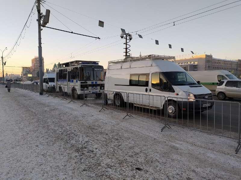 фото Оцепление выставили на центральной площади Новосибирска 2 февраля 5