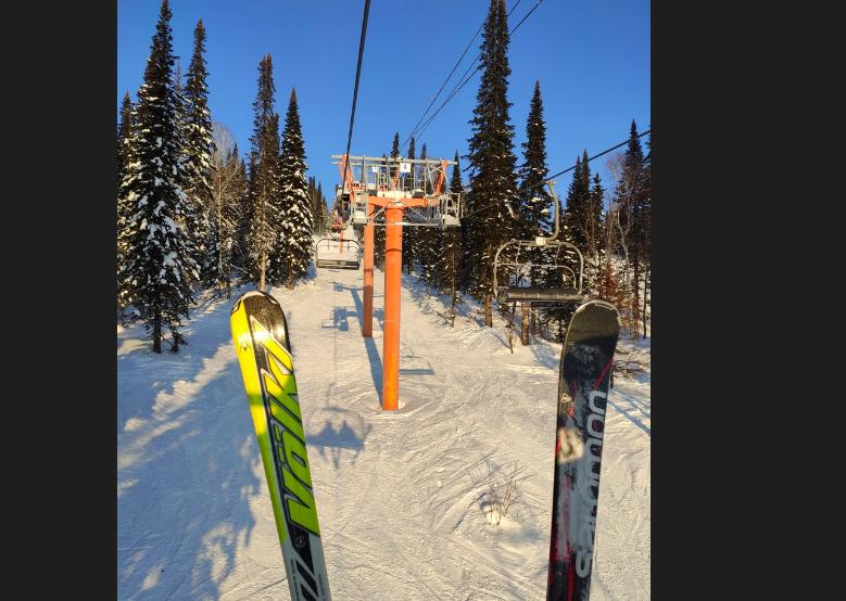 фото «Я и Лёха в Шерегеше!»: почему умер налетевший на лыжу новосибирец 3