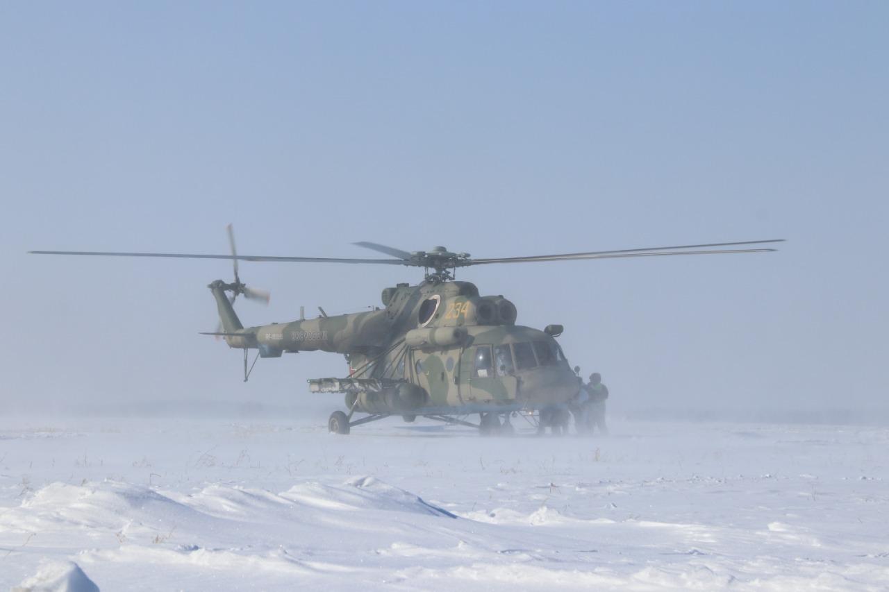 Фото Бесшумно ликвидировали охрану и уничтожили боевиков: военный спецназ провёл учения под Новосибирском 6