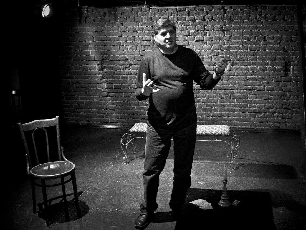 Фото Драма в гримёрке: в новосибирской «Кобре» не могут найти баланс между дисциплиной и творческим беспорядком 3