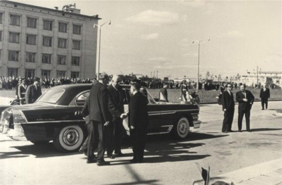 фото Де Голль в Новосибирске: «самая триумфальная встреча!» 4
