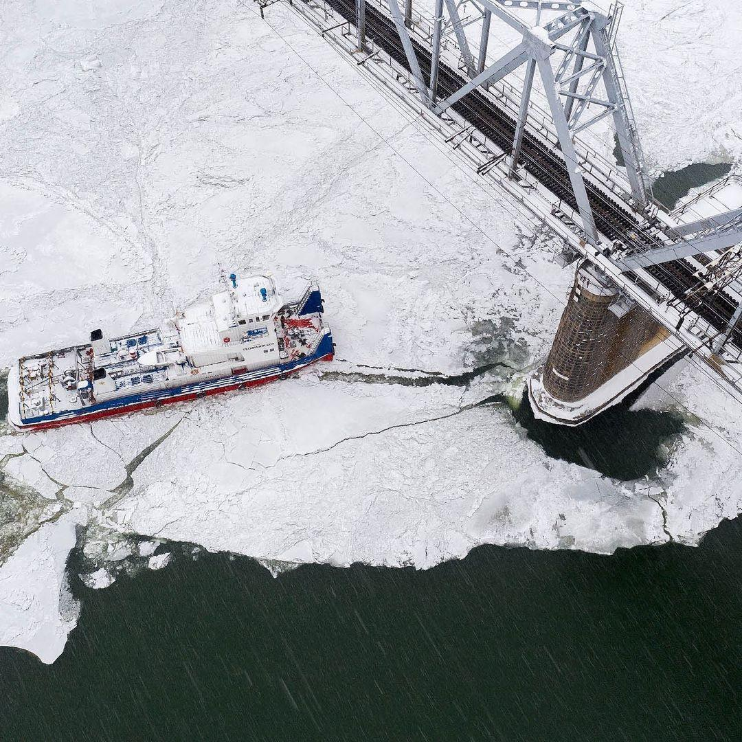 фото Новосибирский фотограф Слава Степанов показал стройку четвёртого моста с высоты 6