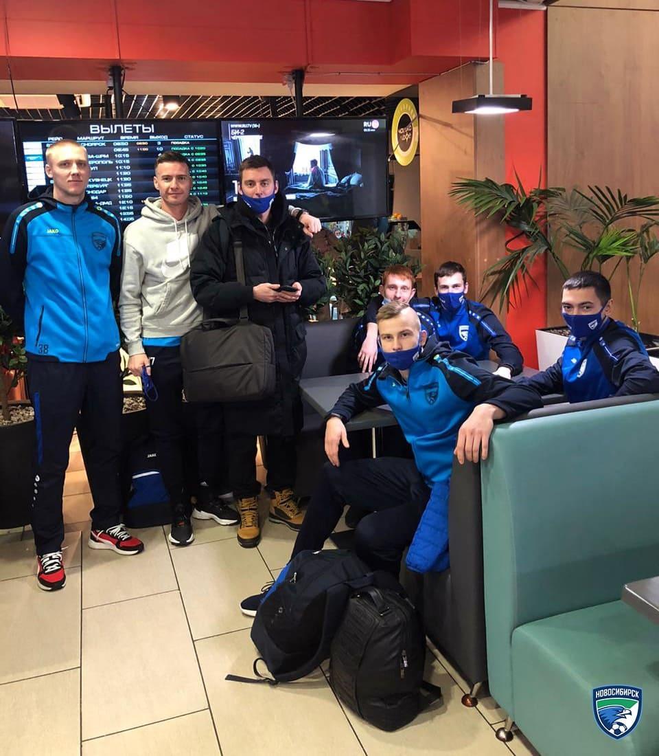 фото Футболистов ФК «Новосибирск» отправили на Чёрное море 2