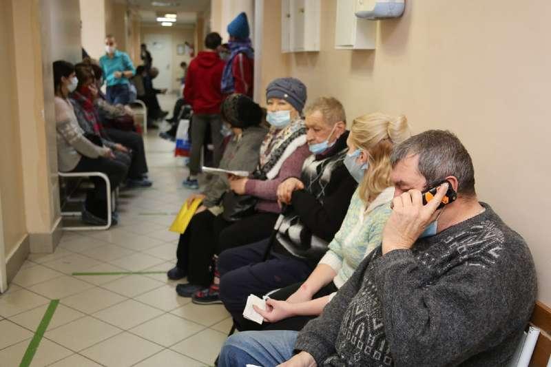 Фото «Звонили каждый день»: настойчивые пенсионеры первыми получили прививку от коронавируса в Мошково 7