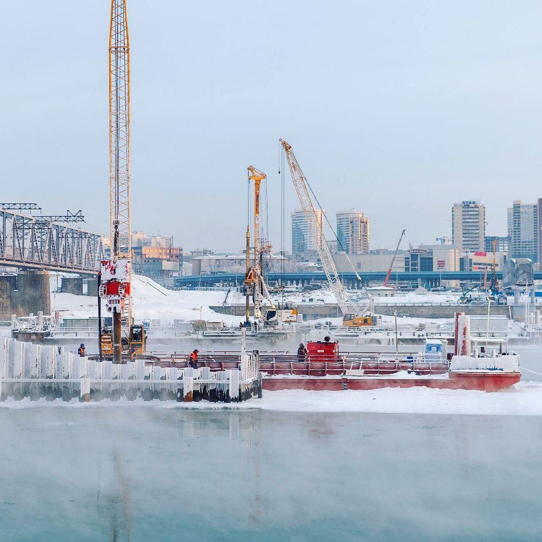 фото Новосибирский фотограф Слава Степанов показал стройку четвёртого моста с высоты 5
