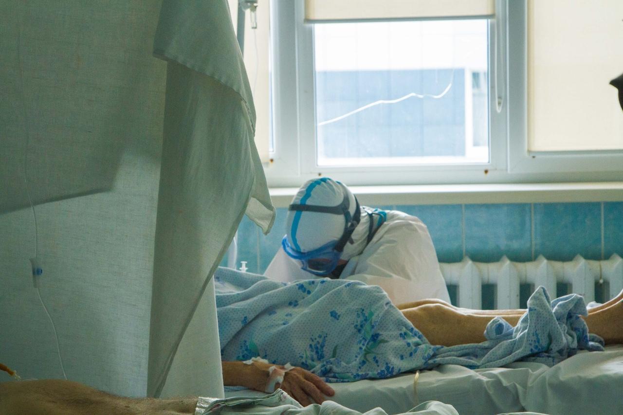 Фото Больницы переполнены: в Карасукском районе в разы выросло количество заражённых коронавирусом 2