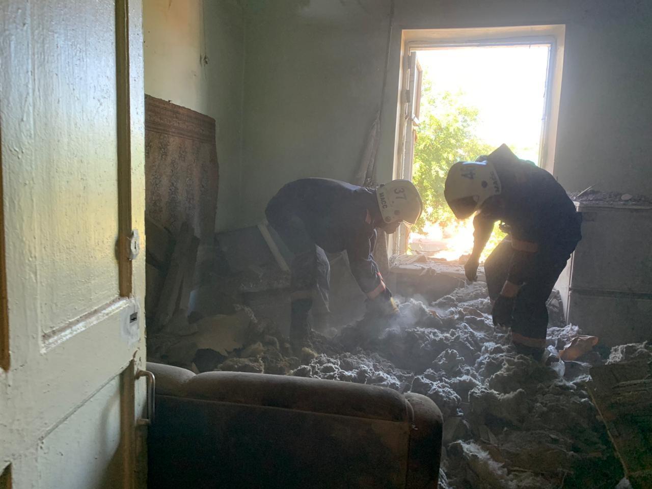 фото Фото и видео с места обрушения здания в Новосибирске опубликовало МЧС 2