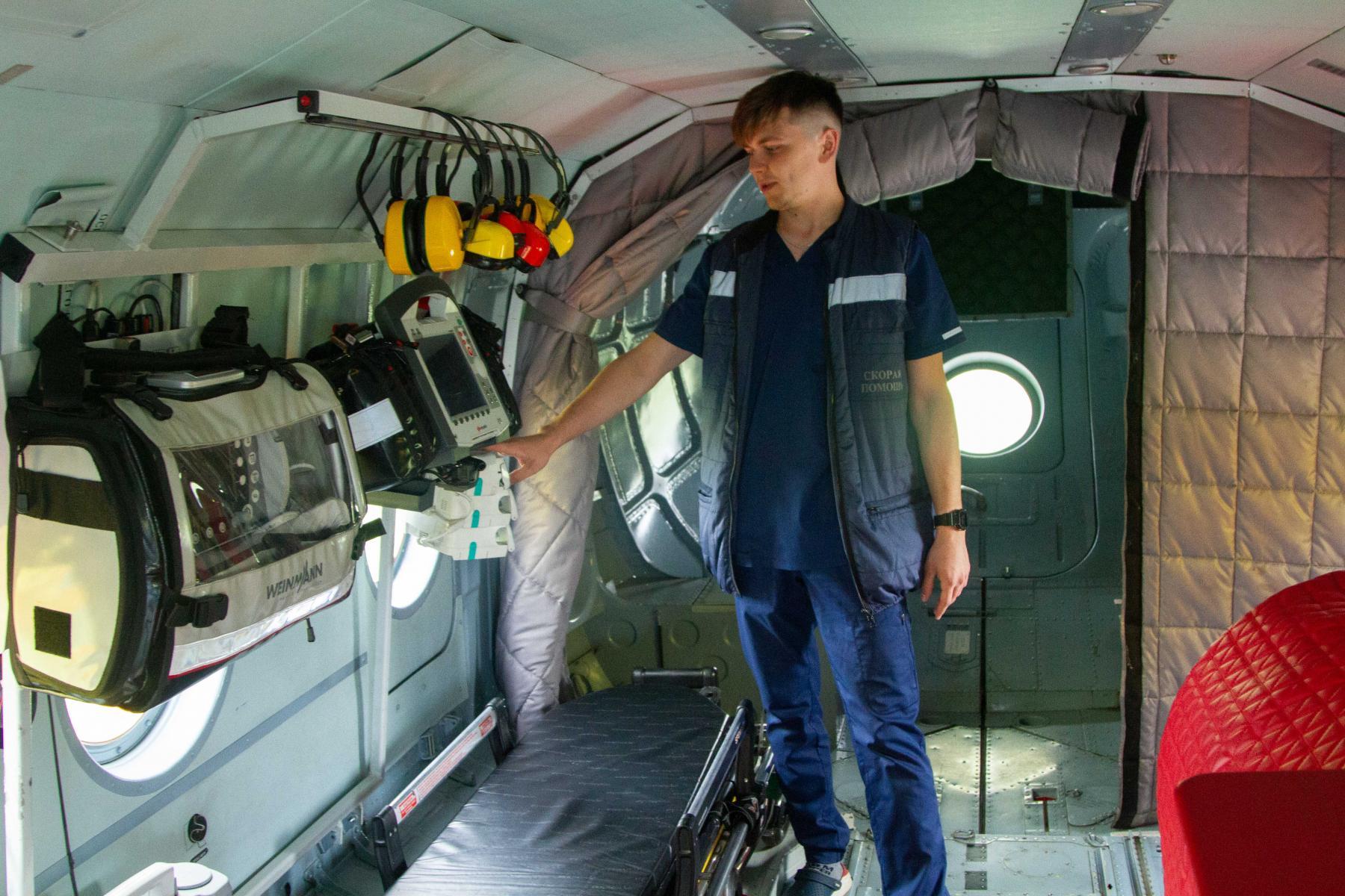 Фото Экстренный вылет: корреспондент Сиб.фм провёл смену с авиамедицинской бригадой 5
