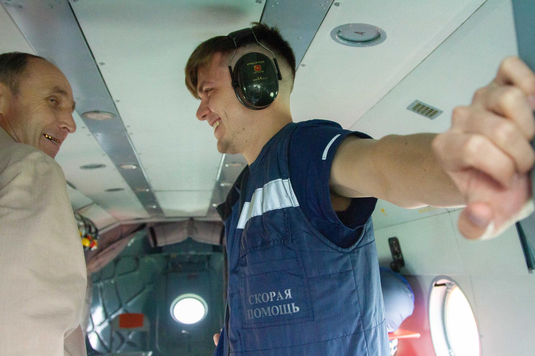 Фото Экстренный вылет: корреспондент Сиб.фм провёл смену с авиамедицинской бригадой 4