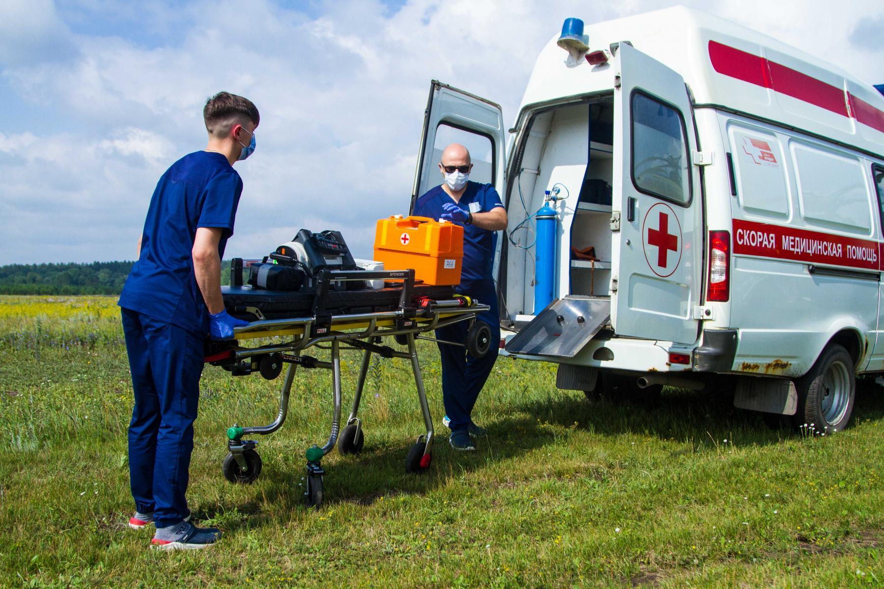 Фото Экстренный вылет: корреспондент Сиб.фм провёл смену с авиамедицинской бригадой 13