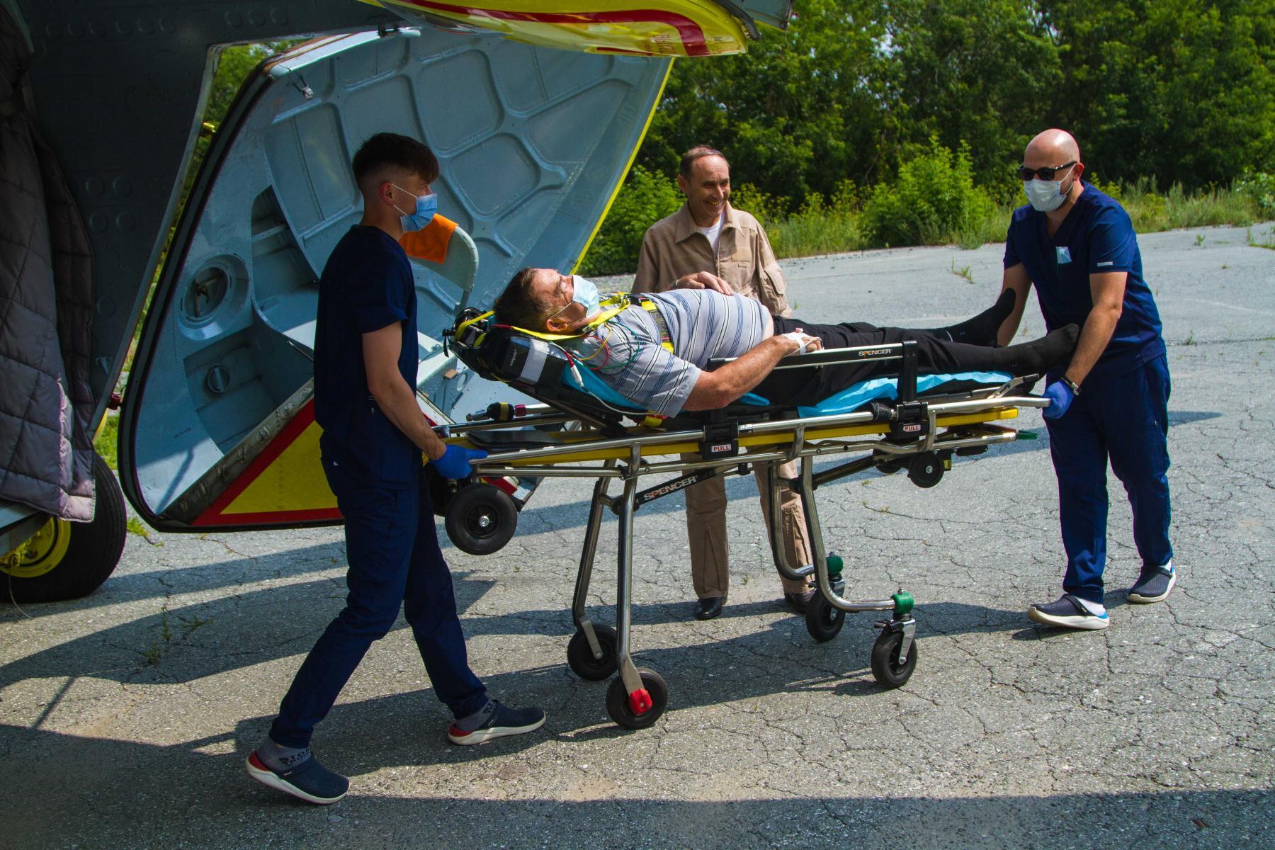 Фото Экстренный вылет: корреспондент Сиб.фм провёл смену с авиамедицинской бригадой 21
