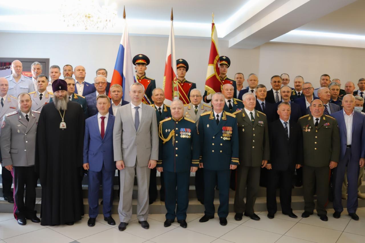 Фото В Сибирском округе Росгвардии назначили нового командующего 2