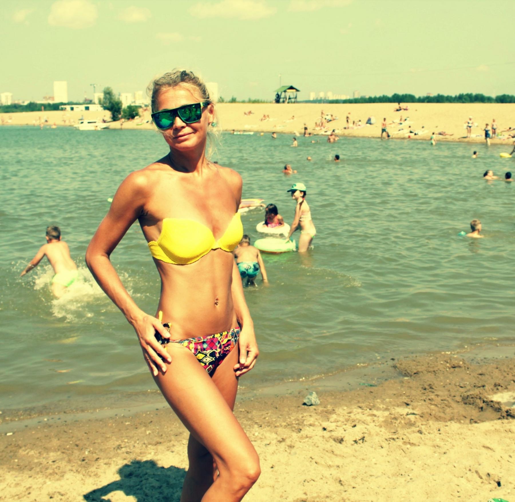 фото Лето, пляж, красотки: подборка самых горячих девушек на пляже Новосибирска 7