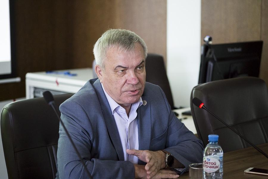 Фото «Очень отсталая инфраструктура»: ректор НГУ раскритиковал уровень развития Академгородка 2