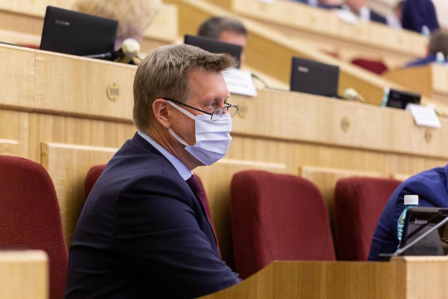 Фото «Только объединив усилия»: Анатолий Локоть озвучил областным депутатам конкретные меры по улучшению дорог Новосибирска 3