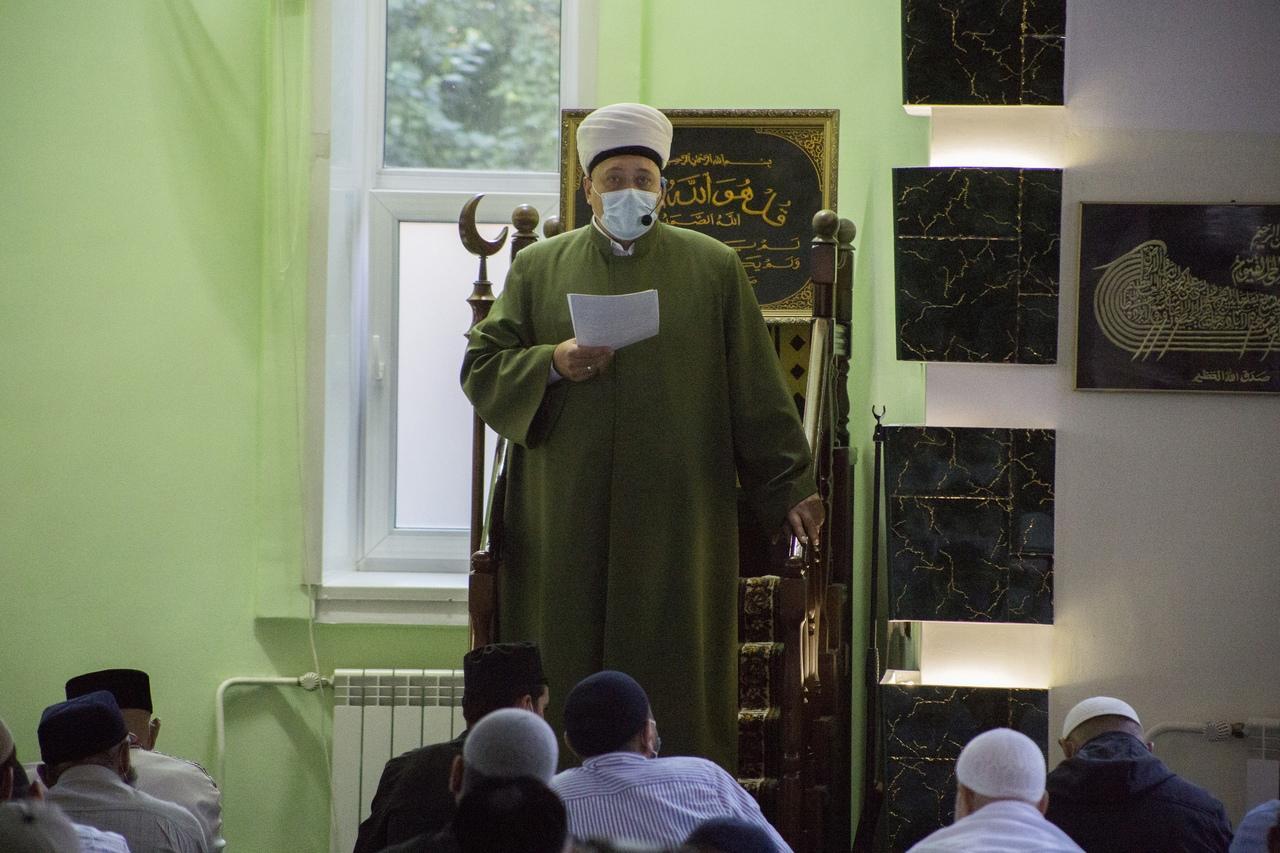 фото Молитва на рассвете и жертвенный баран: как отмечают Курбан-байрам в Новосибирске 6
