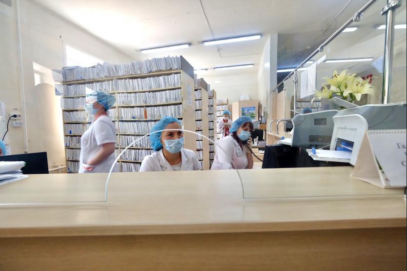 Фото Минздрав Новосибирской области направил врачебный десант в Колывань 3