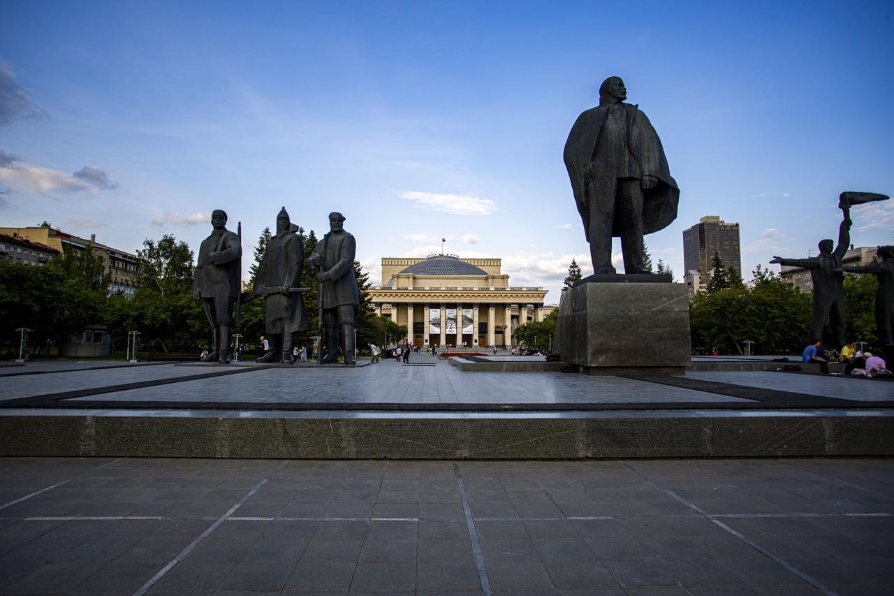 фото Самые нелюбимые памятники Новосибирска – чем они не угодили горожанам 3