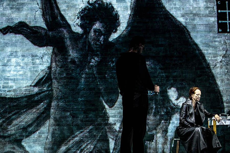 фото Новосибирск: афиша на 23, 24 и 25 июля – фестиваль уличного кино, стихи, которые можно унести с собой в кармане, и музейные собрания Новосибирска 6