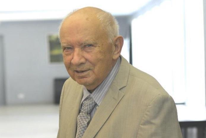 Фото В Новосибирске увековечили память об академике Кнорре 2