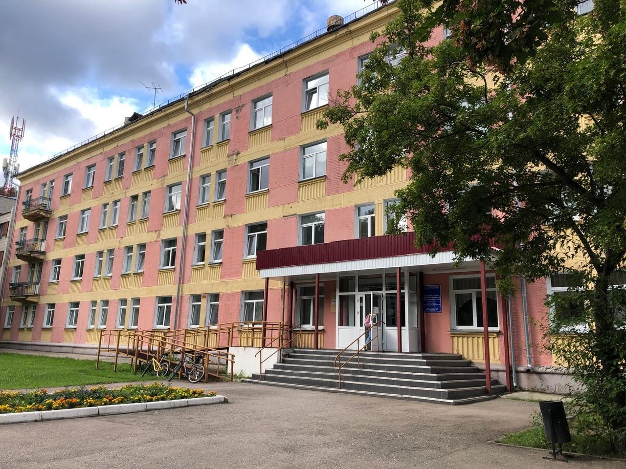 Фото Вакцина от COVID-19 снова закончилась в поликлиниках и ТРЦ Новосибирска 2