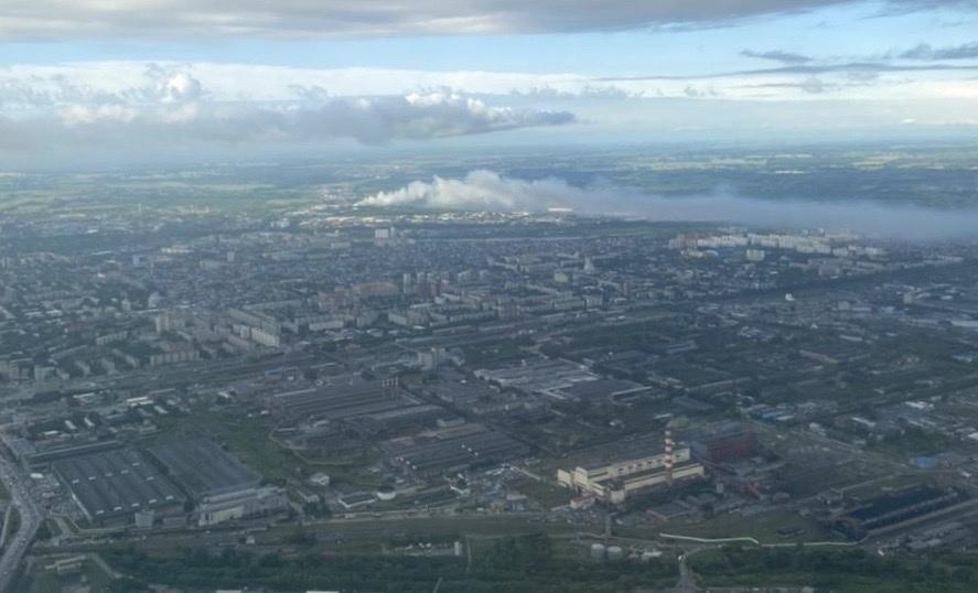 фото Дым от горящей свалки накрыл жилые дома на левом берегу Новосибирска 3