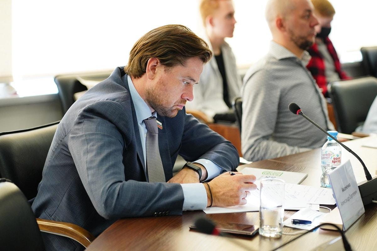 фото Фракция «Справедливая Россия» в Государственной Думе РФ готова поддержать законопроект об особом статусе Академгородка 4