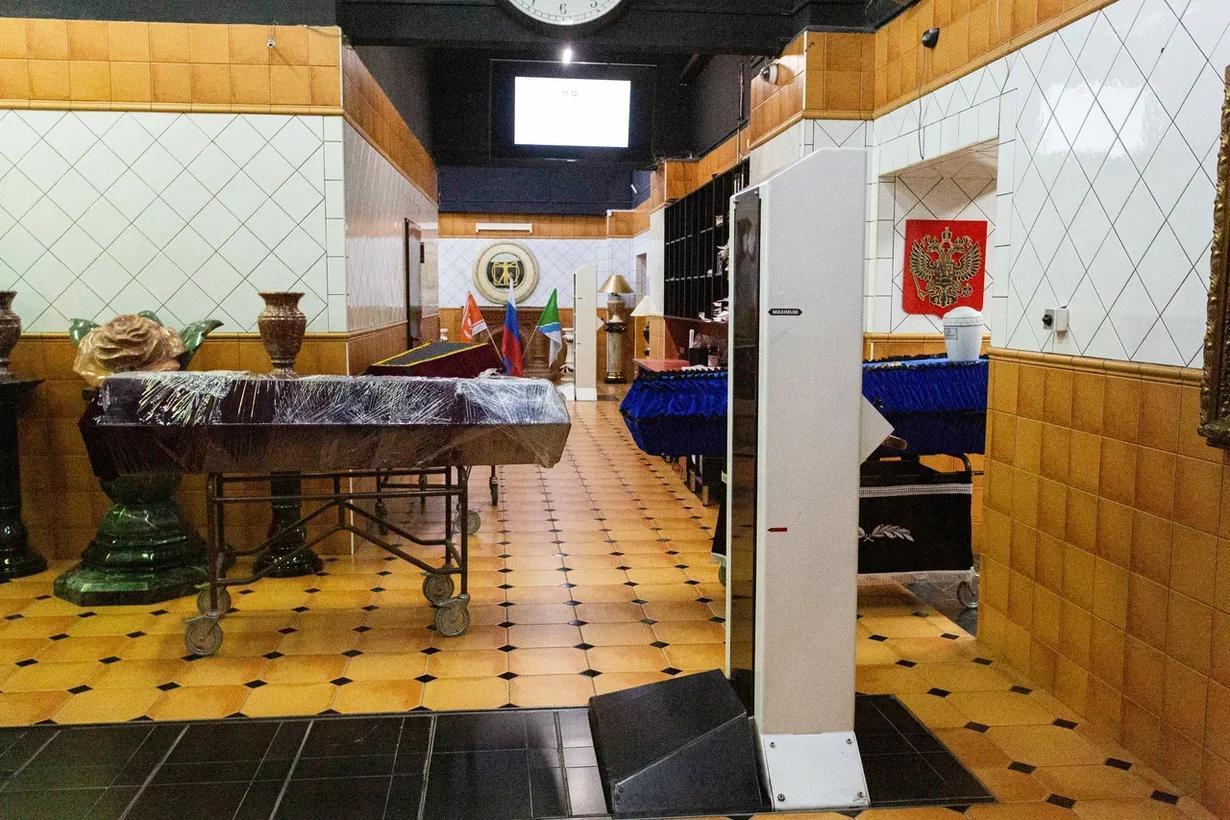Фото «Мы превратились в завод»: как крематорий «Некрополь» работает в третью волну коронавируса в Новосибирске 5