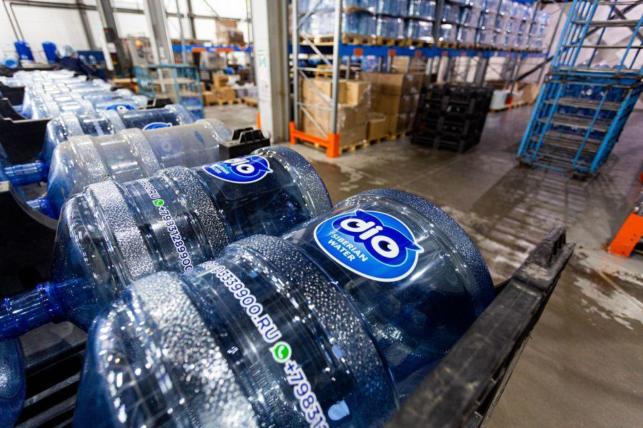 Фото Формула успеха: H2O. Как в Новосибирске следят за качеством бутилированной воды 15