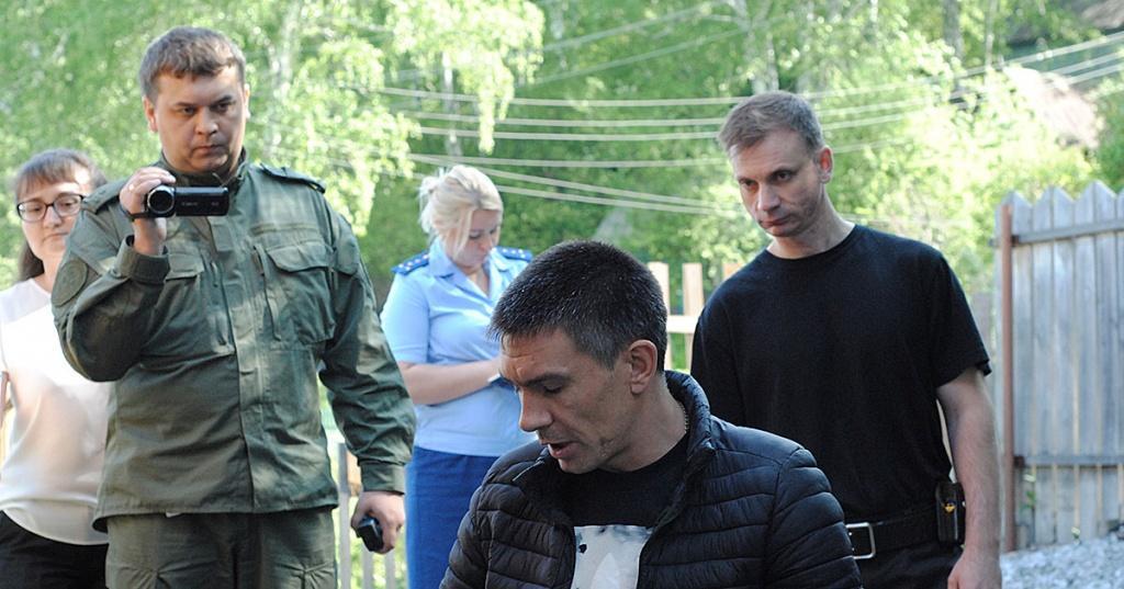 фото «Он спасал свою жизнь, теперь сидит»: две истории новосибирцев, которые защищали себя в драке и оказались на скамье подсудимых 3