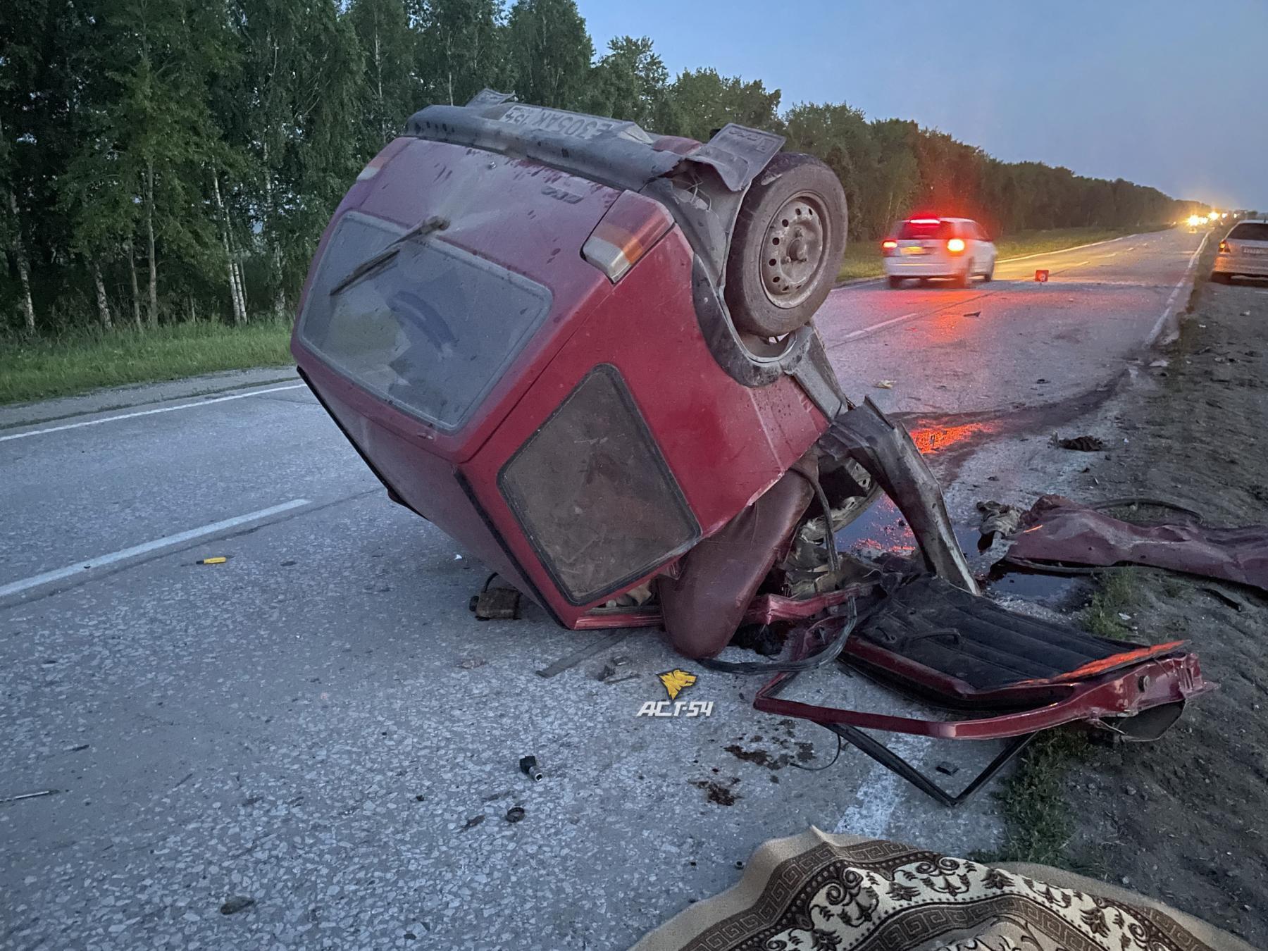 Фото Водитель «Оки» погиб в ДТП с кроссовером Hyundai на трассе под Новосибирском 2
