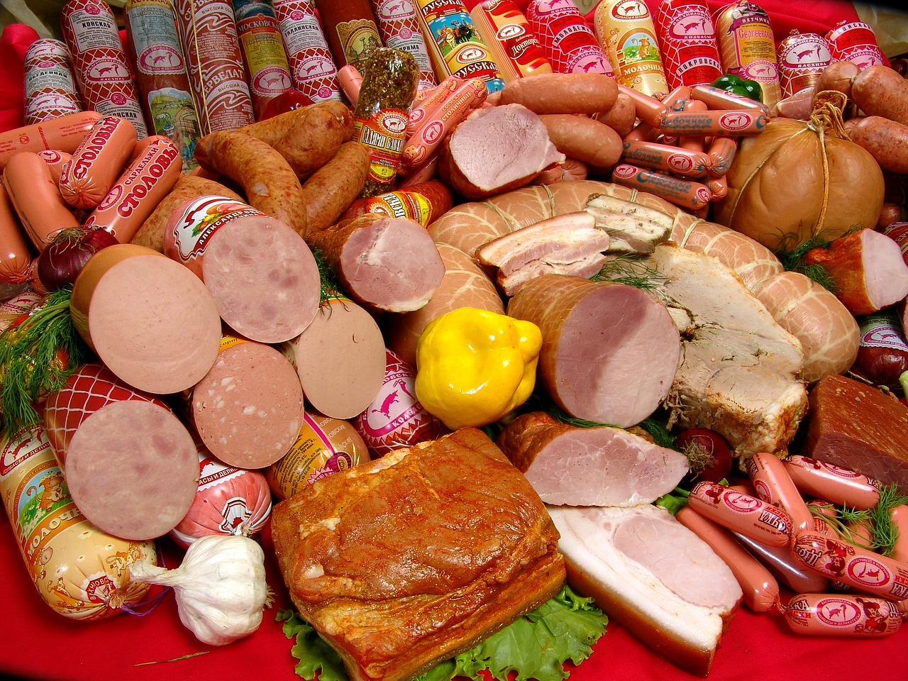 фото Мифы о ГОСТах  в СССР: в колбасу добавляли крахмал, муку и картон 3