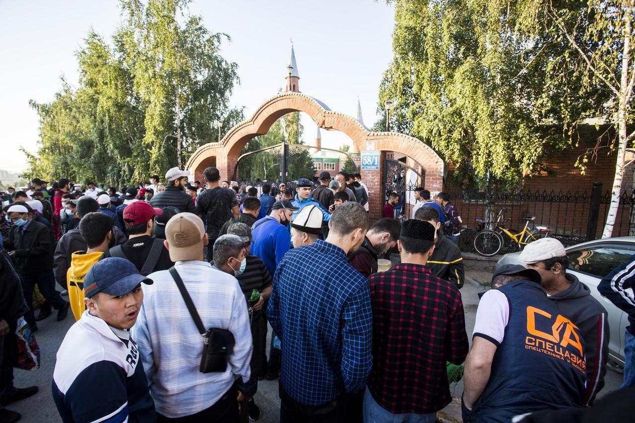 фото Молитва на рассвете и жертвенный баран: как отмечают Курбан-байрам в Новосибирске 2