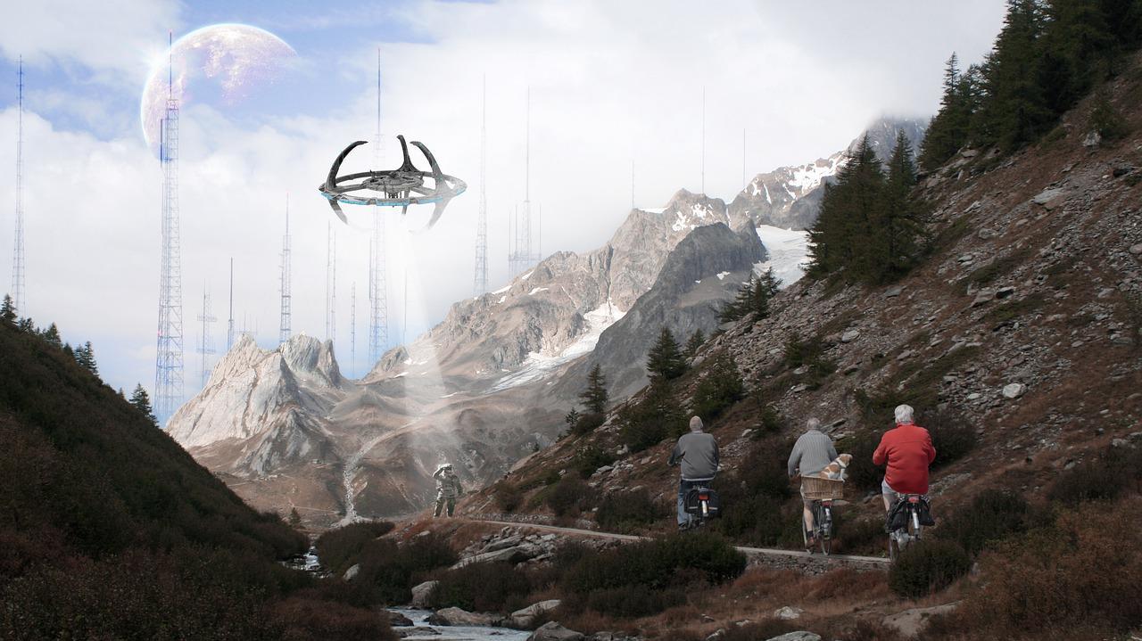 Фото Путешествия во времени, катастрофы и инопланетный туризм: жуткие и позитивные предсказания Ванги на ближайшие 100 лет 3