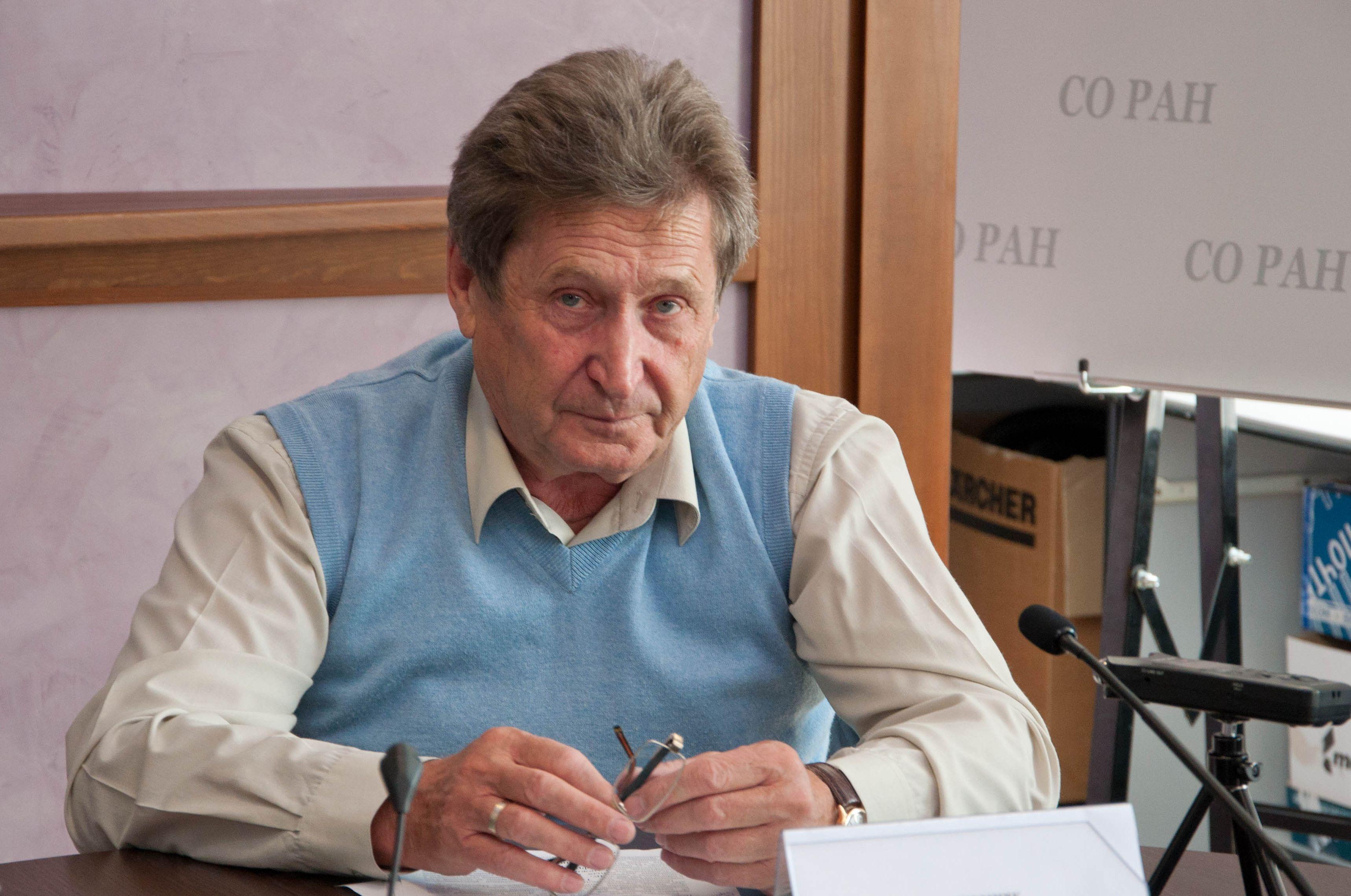 Фото Караськовы, задержания и конопля – итоги недели Сиб.фм 3