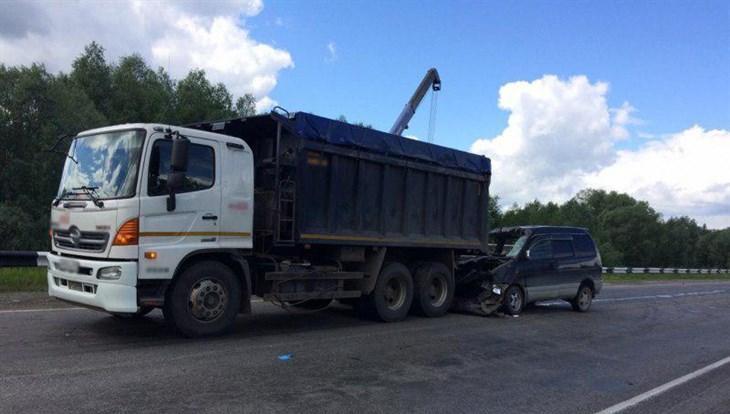 Трое детей разбились в ДТП на трассе под Томском