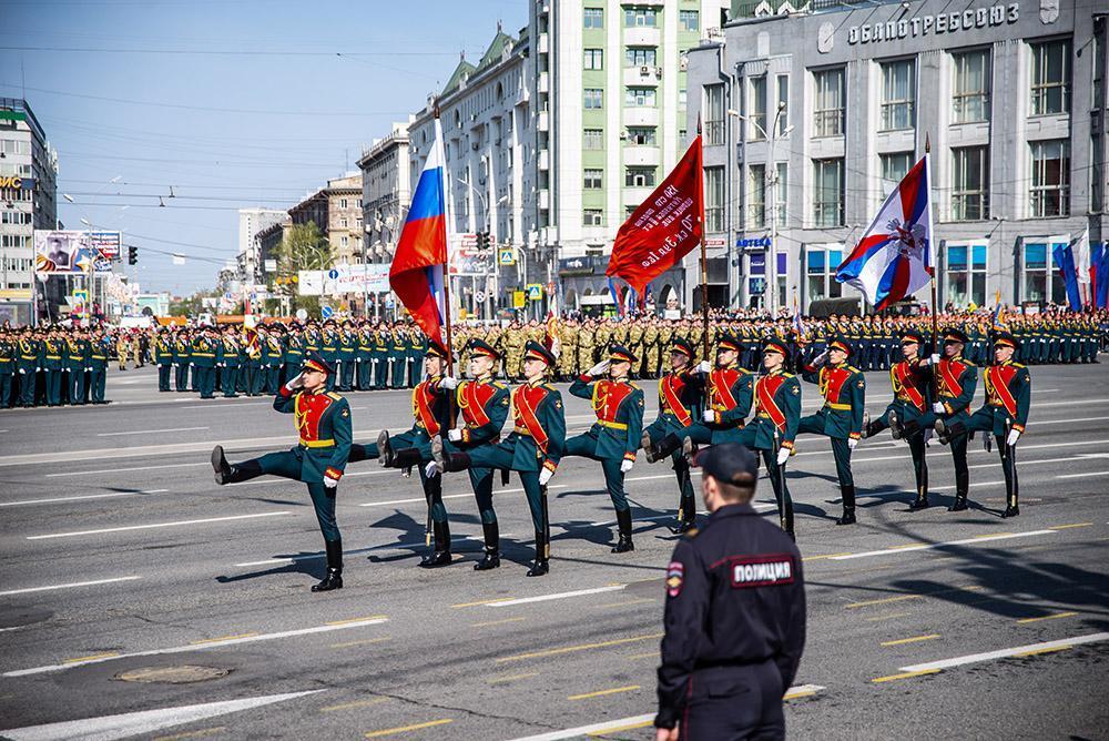 фото Генеральная репетиция парада Победы в Новосибирске: когда перекроют улицы и площадь 2