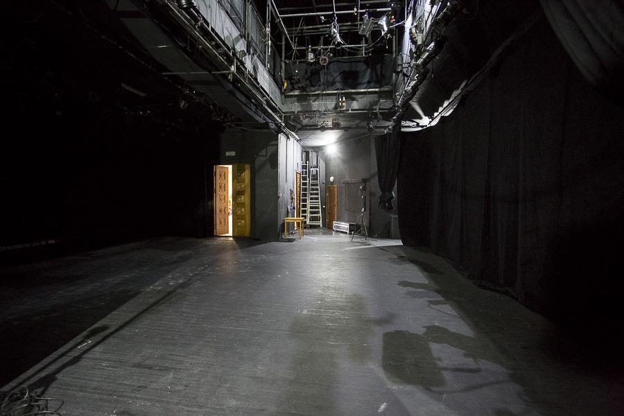 Фото Отложенный юбилей «Красного факела»: один из лучших новосибирских театров ждёт возвращения зрителей 16