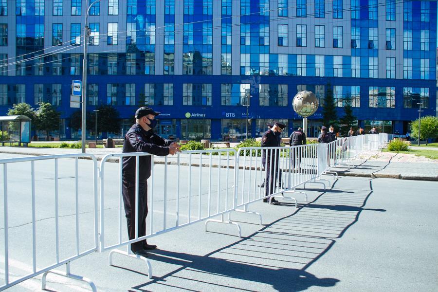 Фото Парад Победы в Новосибирске: лучшие кадры с закрытой от зрителей репетиции 6