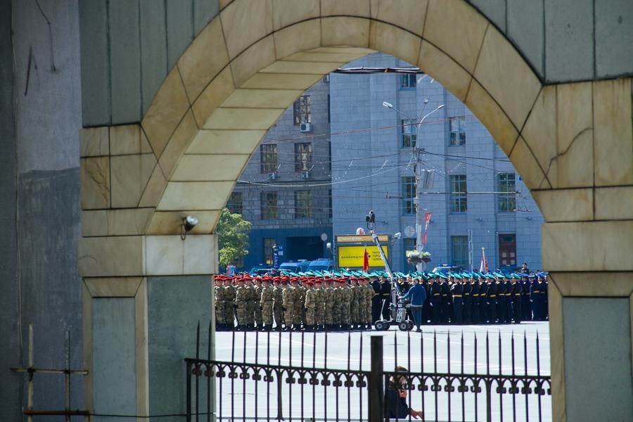 Фото Парад Победы в Новосибирске: лучшие кадры с закрытой от зрителей репетиции 8