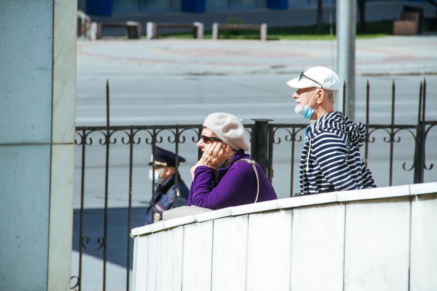 Фото Парад Победы в Новосибирске: лучшие кадры с закрытой от зрителей репетиции 10
