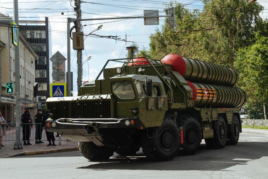 Фото Парад Победы в Новосибирске: лучшие кадры с закрытой от зрителей репетиции 15