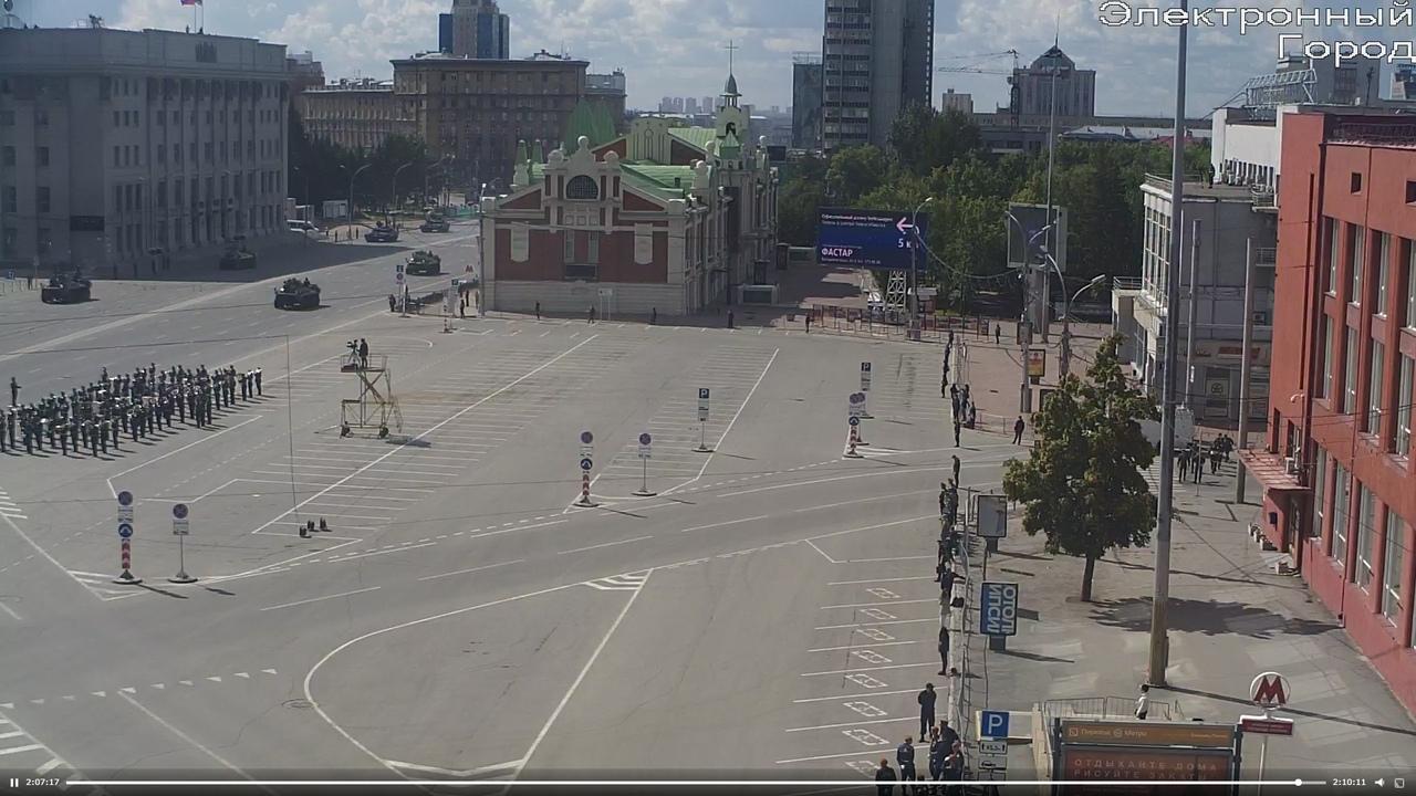 фото В Новосибирске началась репетиция парада Победы 18